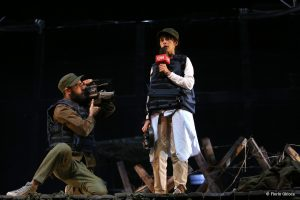 Alexandra Salceanu in No Man's land - fotografie de teatru - ghioca.eu